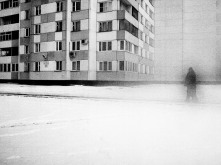 RUSSIA. St Petersburg. 2007. Man walking in the street.